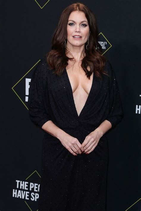 bellamy young cleavage  fappening