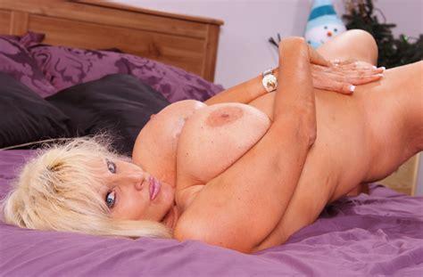 Milfs Porn Videos Watch Best Hd Milfs Sex Videos Now