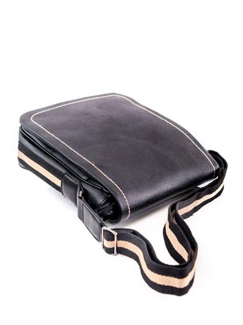Pleca soma ar brūnu jostu, ekoāda / Drēbjotava