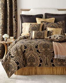 austin horn collection king valour  piece comforter set