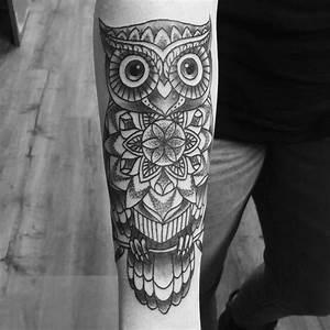Tatouage Chouette Signification : pingl par orlane tallec sur tatoos tattoos cuff ~ Melissatoandfro.com Idées de Décoration