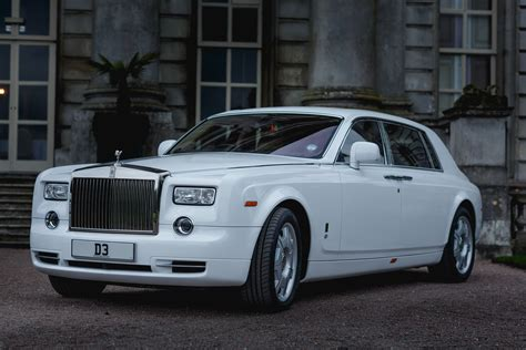 rolls royce car chauffeuring rolls royce phantom wedding car hire