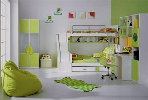 chambre garcon vert et gris la déco chambre enfant douce et amusante archzine fr
