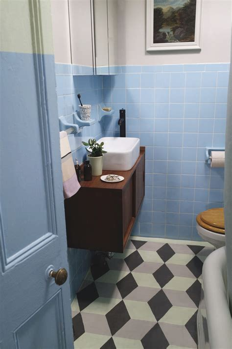 How To Make Over Your Bathroom When You Live In A Rental
