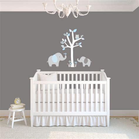 chambre tinos autour de b stickers chambre bébé sur le thème de la jungle en 22 idées