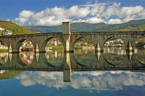 bridge   drina  photo  srpska east trekearth