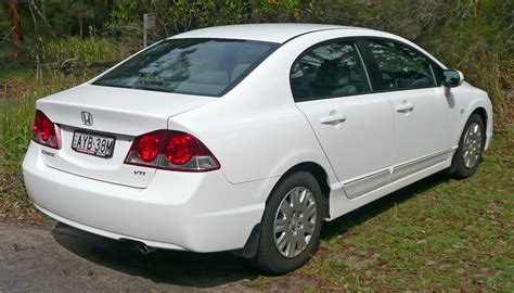 File:2006-2009 Honda Civic Vti Sedan 01.jpg