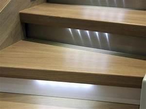 Kit Led Escalier : led pour escalier un clairage tendance et s curis ooreka ~ Melissatoandfro.com Idées de Décoration