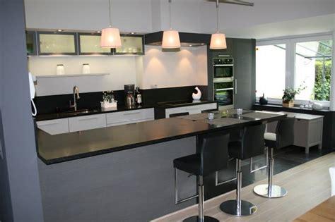 cuisine integree cuisine equipee avec table integree 28 images cuisine
