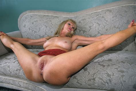 Sexy Mature Lady Fucked In The House Porn Pictures Xxx