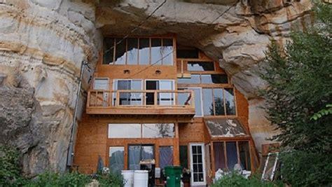 chambre cabane maison troglodyte moderne superbe