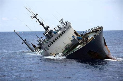 Boat Sinking Load Of Fish by Pirate Chilean Sea Bass Fishing Vessel Sea Shepherd