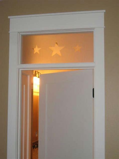 frame   stars window  door interior