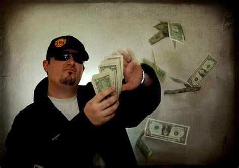 Mo Money, Mo Problems