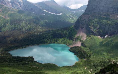 Lake in Glacier National Park, Montana, USA - Wallpaper #44626