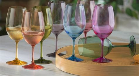 Personalized Plastic Champagne Glasses Bulk