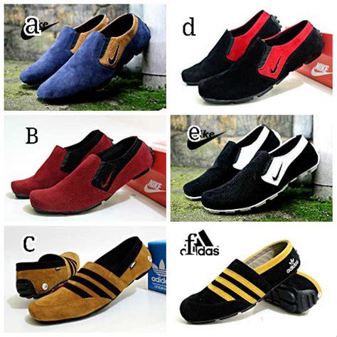 Sepatu Santai Hitam jual sepatu slip on slop adidas casual santai hitam merah