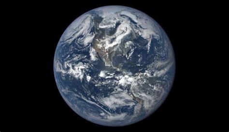 une ann 233 e de la terre vue depuis l espace cit 233 de l espace