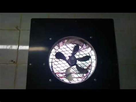 sonergi pose et installation d un extracteur d air solaire en fa 231 ade
