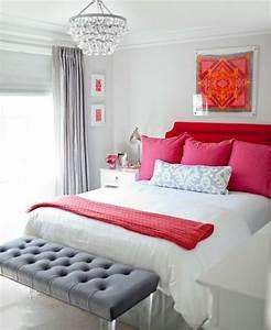 Bout De Lit Blanc : 1001 conseils et id es pour une chambre en rose et gris sublime ~ Teatrodelosmanantiales.com Idées de Décoration