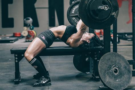 5 Bench Press Tips For Women