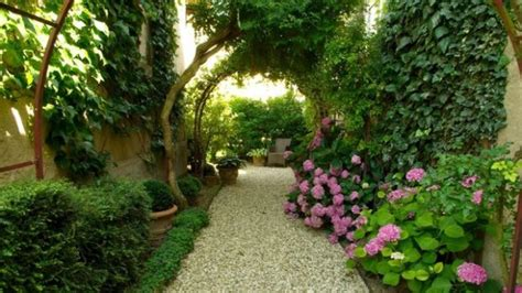 16 Spectacular Landscape Designs That Will Bring Serenity