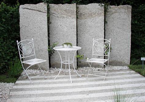 Sichtschutz Garten Steinplatten by Transparenter Sichtschutz Am Sitzplatz Im Garten