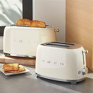 Smeg Toaster Creme : smeg cream retro toasters crate and barrel ~ A.2002-acura-tl-radio.info Haus und Dekorationen
