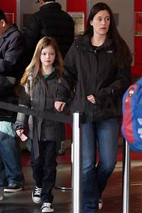 Pictures of Breaking Dawn Star Mackenzie Foy at the Movies ...