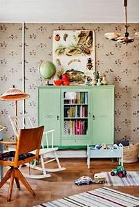 Kinderzimmer Schrank Mädchen : sch ne wandbilder f r kinderzimmer einige tolle ideen ~ Indierocktalk.com Haus und Dekorationen