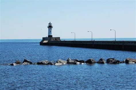 Boat Club Duluth Reviews by The Duluth Canal Lighthouse Built In 1909 Duluth