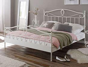 schlafzimmer ideen bett mitten im raum schlafzimmer bett mitten im raum bedroom ideas bedroom