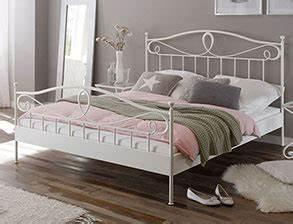 Günstig Betten Kaufen Online : stabile metallbetten g nstig kaufen im online betten shop ~ Bigdaddyawards.com Haus und Dekorationen