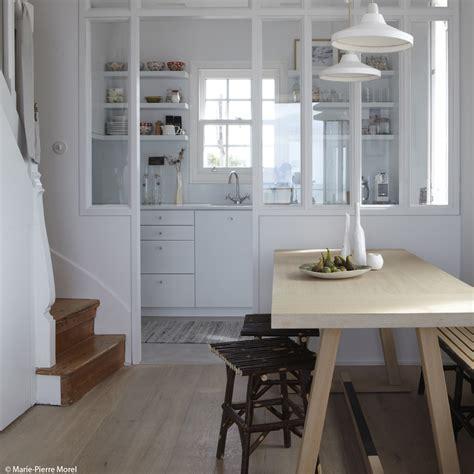 cuisines petites surfaces idee amenagement surface maison design bahbe com