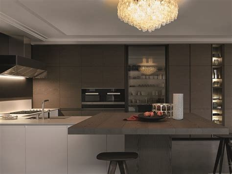 poliform kitchen design lacquered kitchen with integrated handles with peninsula 1565