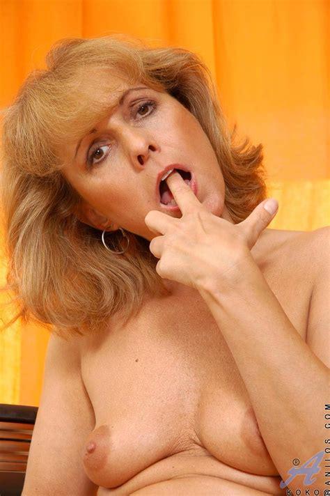 freshest mature women on the net featuring anilos koko milf exposed