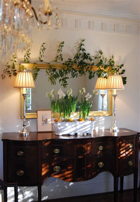 Dining Room Sideboard Decorating Ideas by 36 Best Images About Sideboard Decor On Buffet