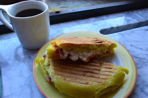 Order online from astoria coffee shop on menupages. Top 5 Coffee Shops in Astoria, Queens | Best coffee ...