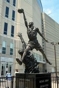 United Design Chicago United Center Michael Jordan Statue In Late