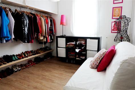 stores chambre tuto diy fabriquer un dressing à moins de 70