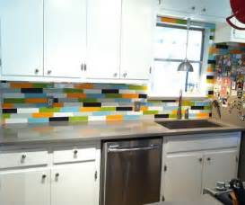 temporary kitchen backsplash no paint allowed 5 options for temporary wall coverings apartmentguide