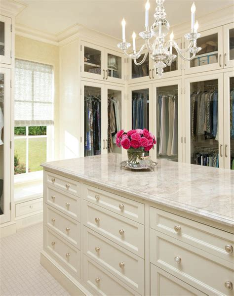 Closet Bay by Larry E Boerder Architects Holloway Traditional