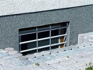Gitter Für Kellerfenster : einbruchschutz fenster ~ Markanthonyermac.com Haus und Dekorationen