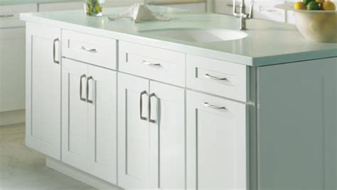 Faircrest Cabinets Shaker White by White Shaker Cabinets Ideas For New Cabinets Counter