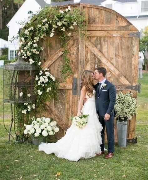 55 Vintage Door Wedding Backdrops Wedding Ceremony