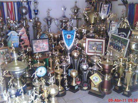 Esporte Clube Ajax da Cruzeiro: Sala de troféus do Ajax da ...