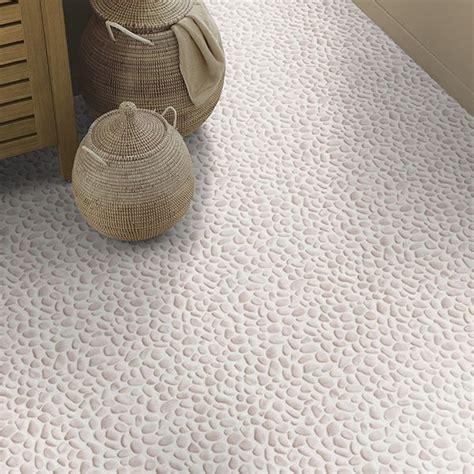 revetement sol pvc salle de bain les 25 meilleures id 233 es de la cat 233 gorie sol pvc sur revetement sol vinyl cuisine