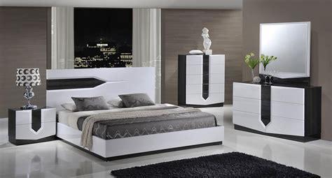 32377 hudson bedroom set hudson platform bedroom set bedroom sets bedroom