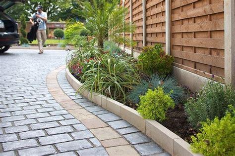 Pavimenti Giardini by Pavimentazione Giardino Pavimento Per Esterni Come