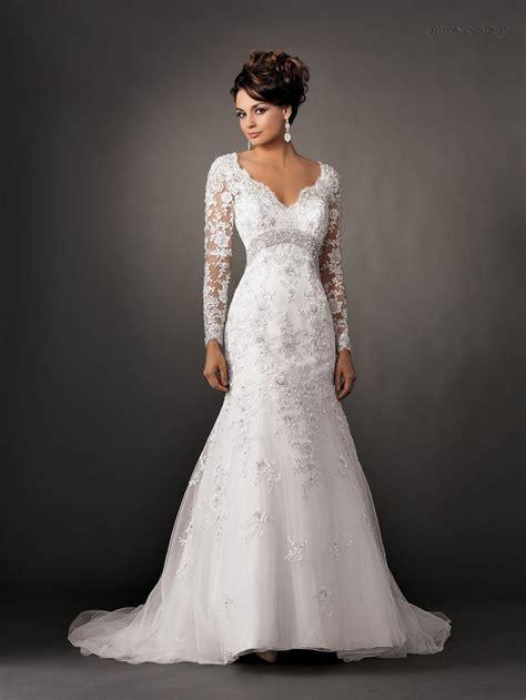 V Neck Vintage Long Sleeve Lace Wedding Dresses Backless